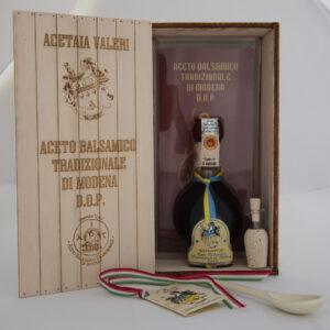 Vinagre balsámico tradicional de Módena envejecido madera embalaje