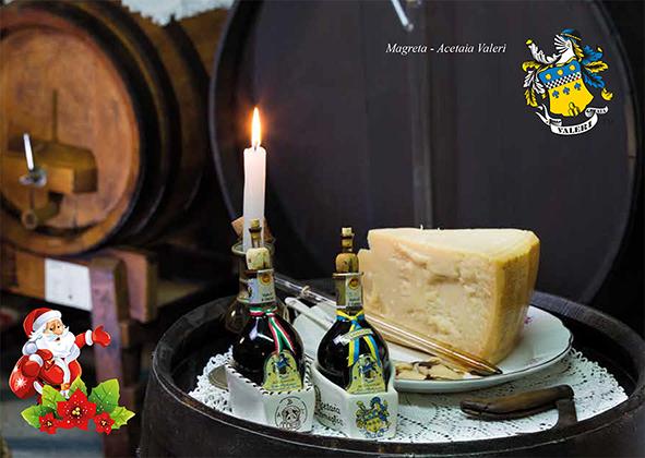En Navidad vinagre balsámico tradicional de Módena DOP y Parmigiano Reggiano, un regalo de buen gusto