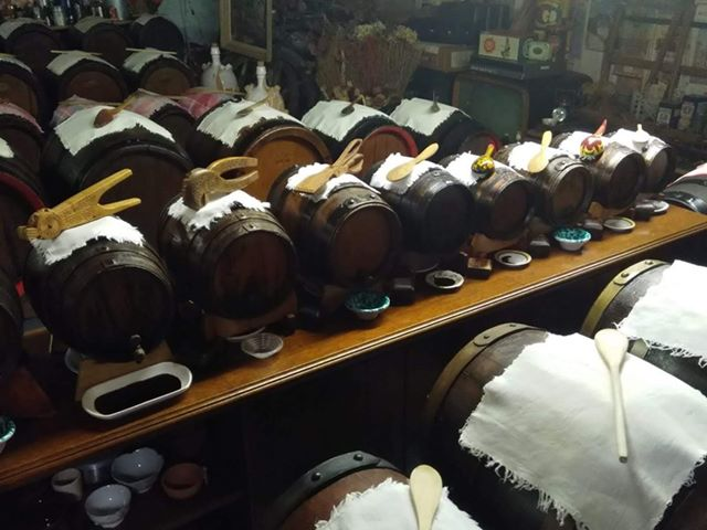 Balsamic Vinegar Acetaia Valeri, batteries of barrels